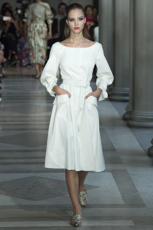 Женские модные платья 2017
