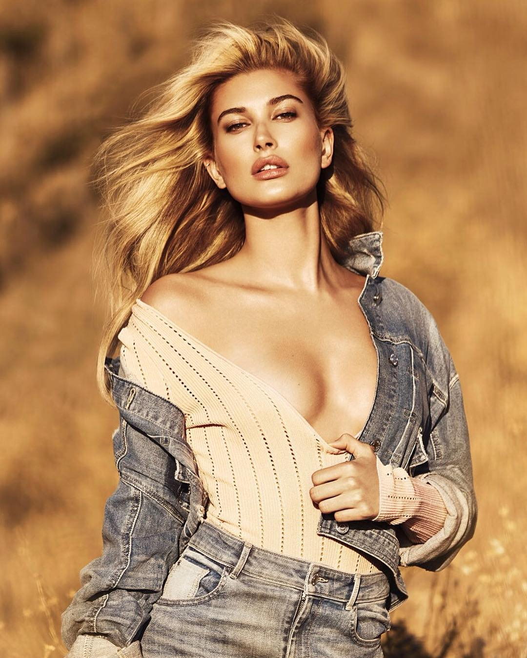 pictures Hailey baldwin for guess