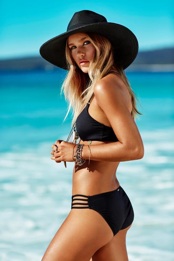 Zoe Cross Img Models